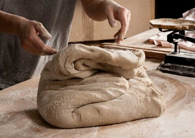 pipacs-budapest-bakery-rye-bread-making-04