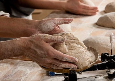pipacs-budapest-bakery-rye-bread-making-15