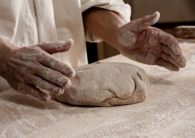 pipacs-budapest-bakery-rye-bread-making-23