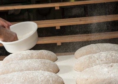 pipacs-budapest-bakery-rye-bread-making-33