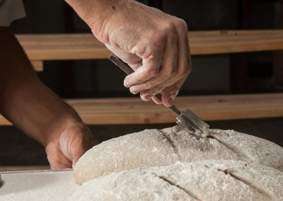 pipacs-budapest-bakery-rye-bread-making-34