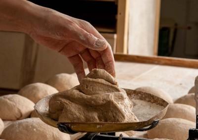 pipacs-budapest-bakery-spelt-bread-making-05