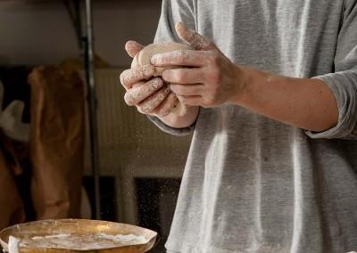 pipacs-budapest-bakery-spelt-bread-making-09