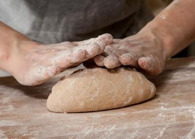 pipacs-budapest-bakery-spelt-bread-making-14
