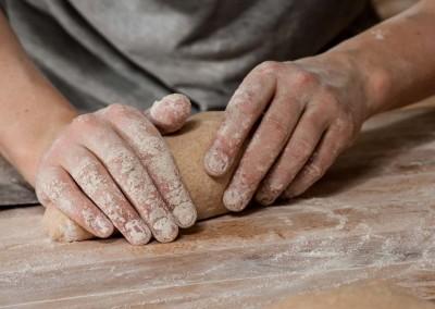 pipacs-budapest-bakery-spelt-bread-making-15
