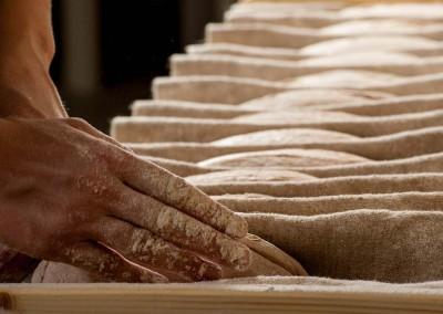 pipacs-budapest-bakery-spelt-bread-making-17