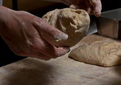 pipacs-budapest-bakery-artisan-einkorn-bread-17