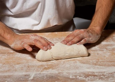 pipacs-budapest-bakery-baguette-making-10