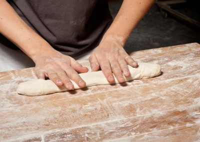 pipacs-budapest-bakery-baguette-making-13