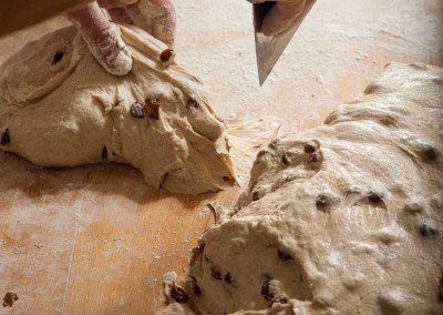 pipacs-budapest-bakery-halfbrown-raisin-bread-making-14