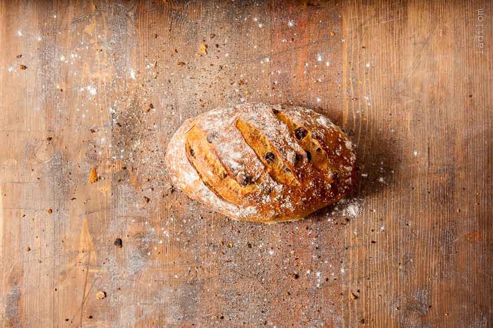 Pipacs Raisin Bread