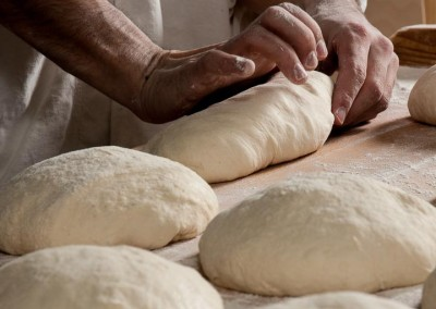 pipacs-budapest-bakery-white-bread-making-11