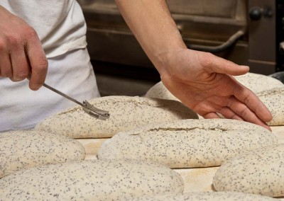 pipacs-budapest-bakery-white-poppyseed-bread-making-28